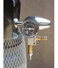 Concimazione carbonica   acquario  bombola co2 2 kg  e 600 gr  con riduttore.